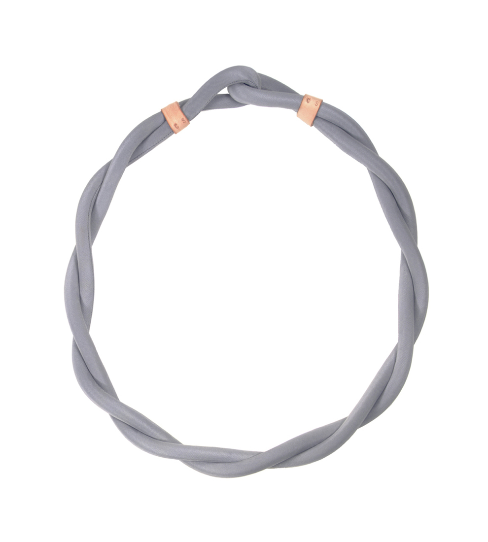 Large twist grey web