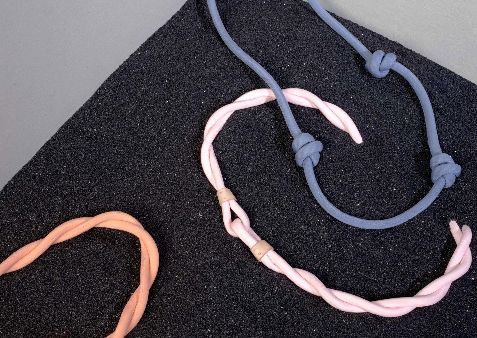 Large series09 necklace2 web c